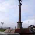 Олимпийской славы», бронза, гранит, установлена в Гродно, 2009 г. Высота стеллы 8 метров.
